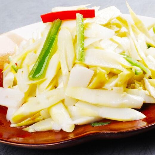 葱香肉丁炒茭白