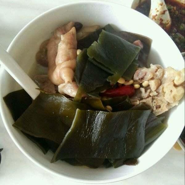 猪手春笋海带汤