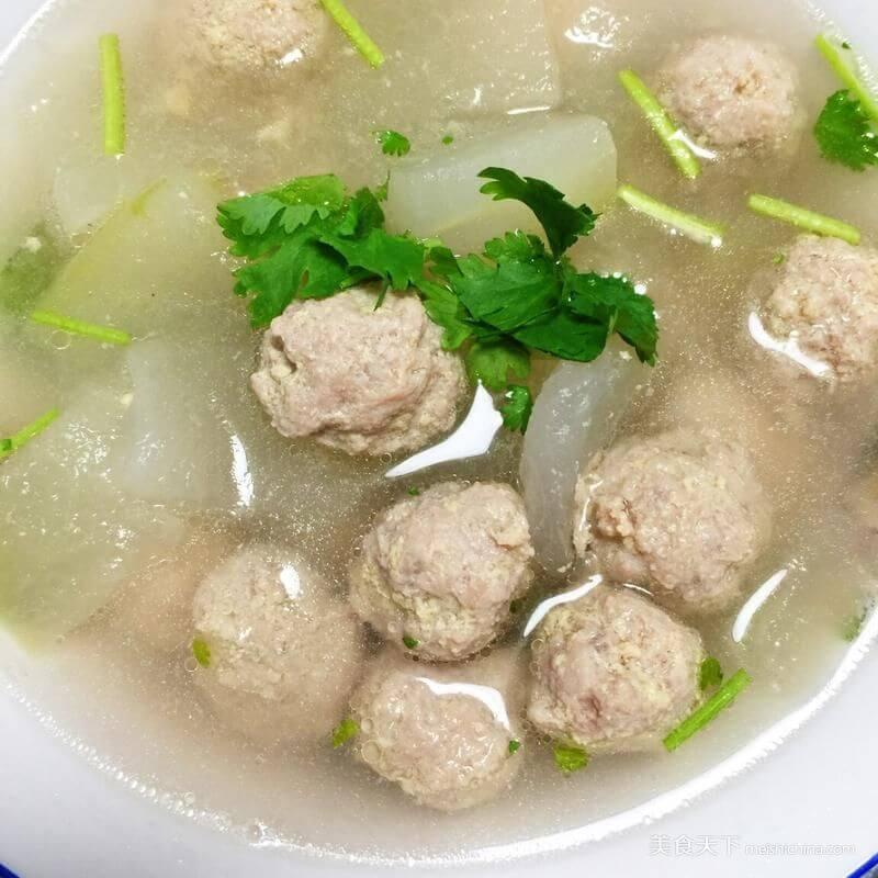 自己做的绿豆丸子汤