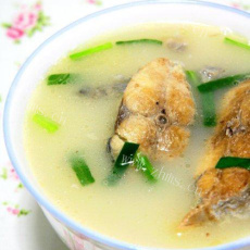 美味圆白菜煮鲅鱼汤