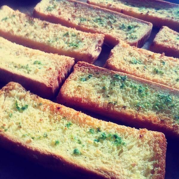 葱油孜然面包条