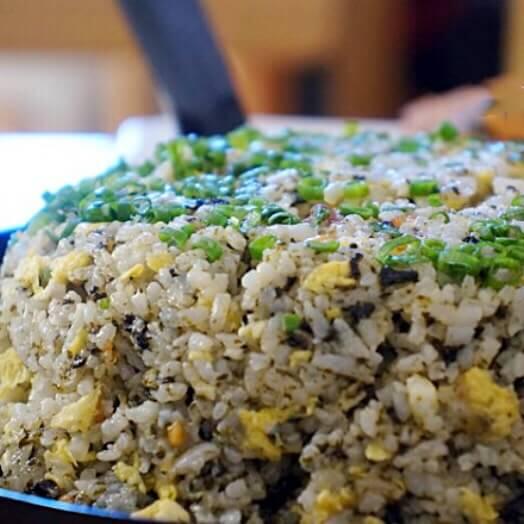 紫菜葱油蛋炒饭