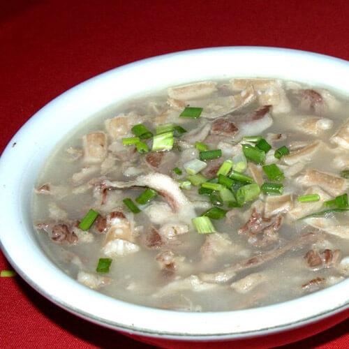 西红柿杂蔬羊肉汤