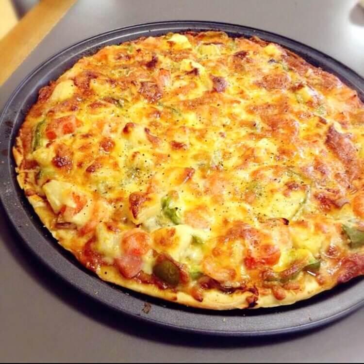 美味的香葱培根披萨