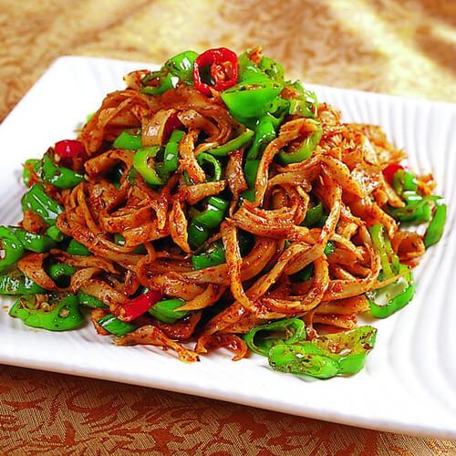 胡萝卜青椒炒面筋