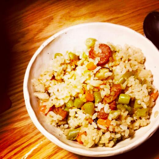 香菇豆角肉丁焖饭