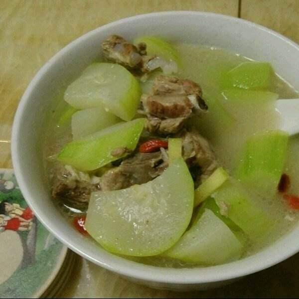 清甜榨菜葫芦汤