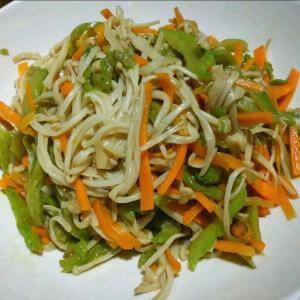 藕条辣炒金针菇
