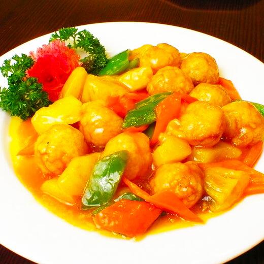 爱美食-青椒烩鸡肉丸子