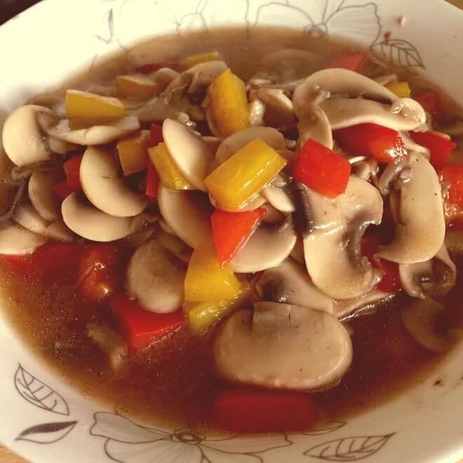 香菇酱拌彩椒(家庭版)