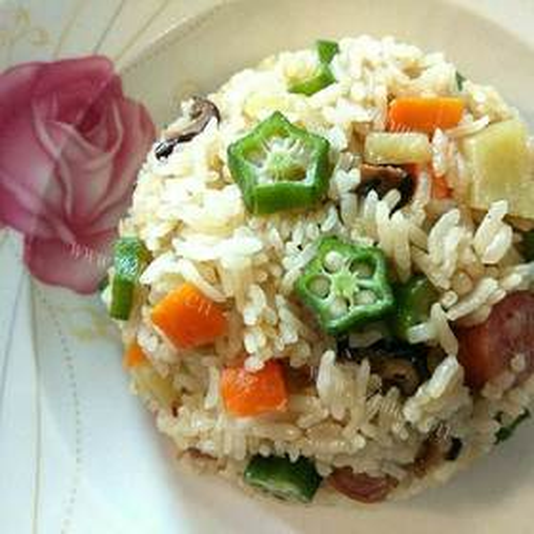 鸡翅秋葵杂粮焖饭