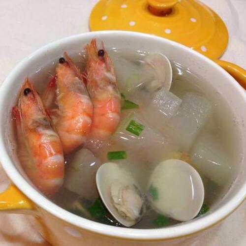 鲜美的虾蛤汤
