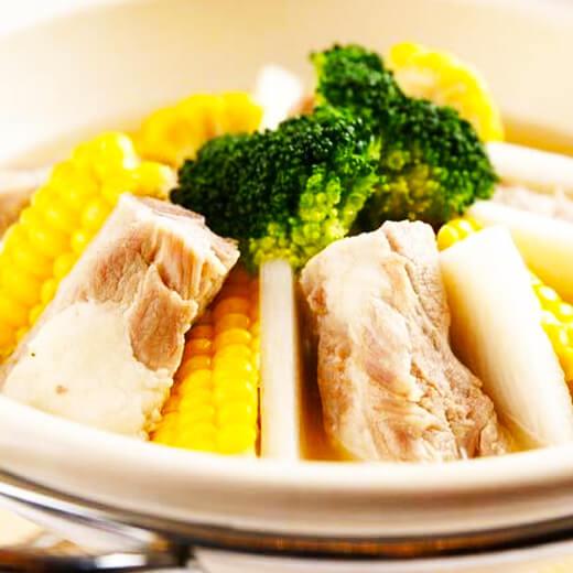 砂锅排骨玉米藕汤