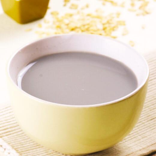 黑豆花生芝麻豆浆