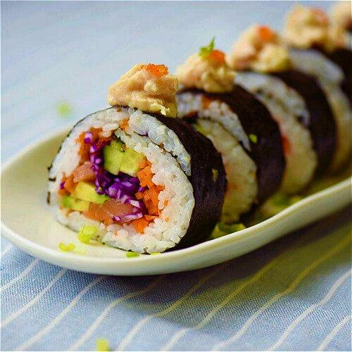 #爱美食#紫甘蓝寿司
