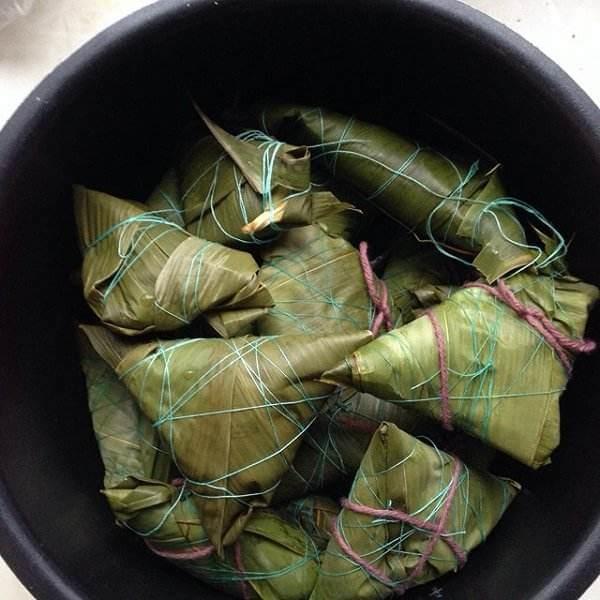 菠萝叶粽子