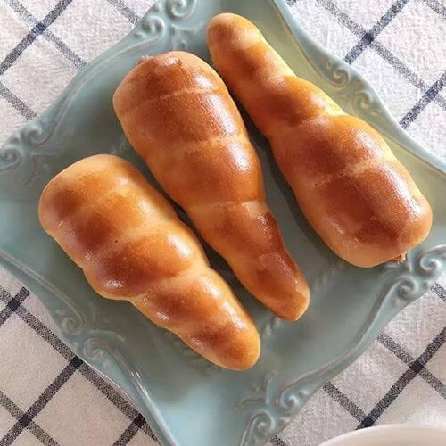 椰丝胡萝卜面包
