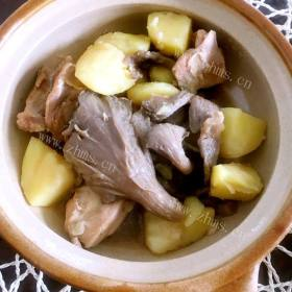 鸡腿杂菌汤