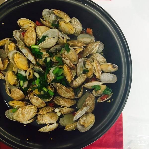 美味的紫菜蛤蜊