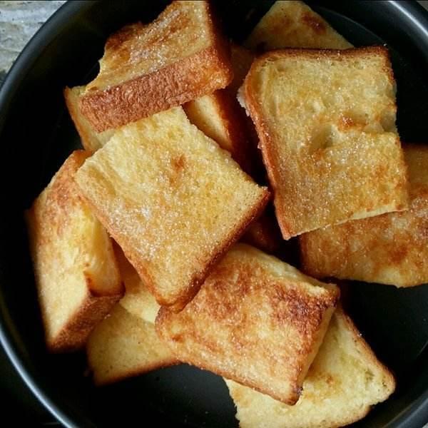 诱人的油炸豆腐块