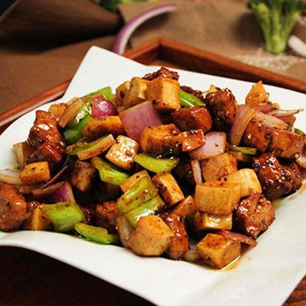 美味的蘑菇牛肉