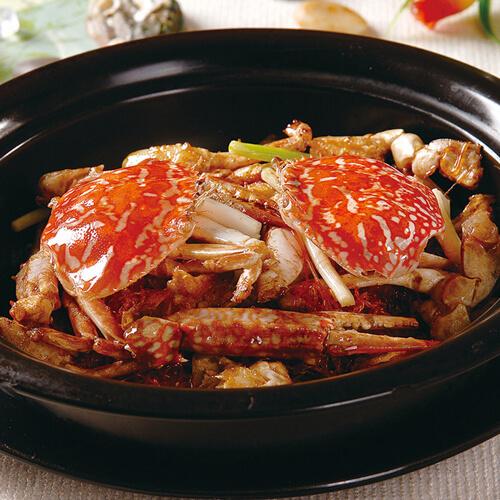 鲜美的豆腐西葫芦海蟹煲