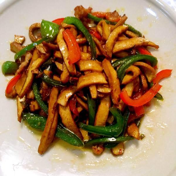 青椒拌干豆腐