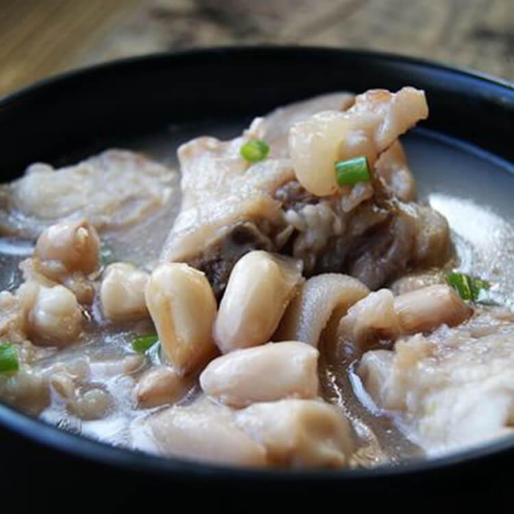 花生薏米猪蹄汤