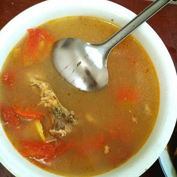 番茄金针菇鱼头汤
