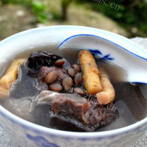 五爪毛桃黑豆汤