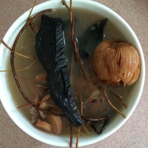 鸡骨草龙骨护肝汤