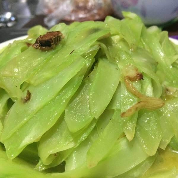 让人怀念的虾皮炒莴笋