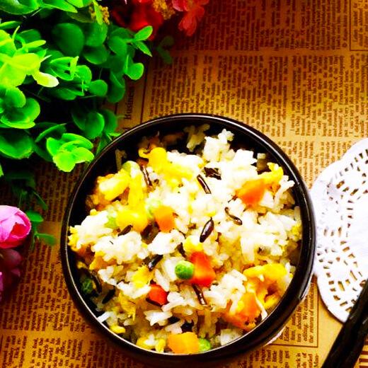 菰米杂蔬蛋炒饭(家庭版)