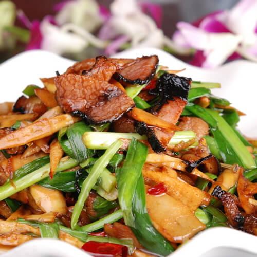 梅干菜肉片炒雷笋