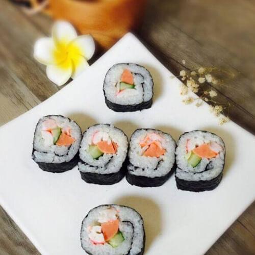 鲜虾沙拉寿司