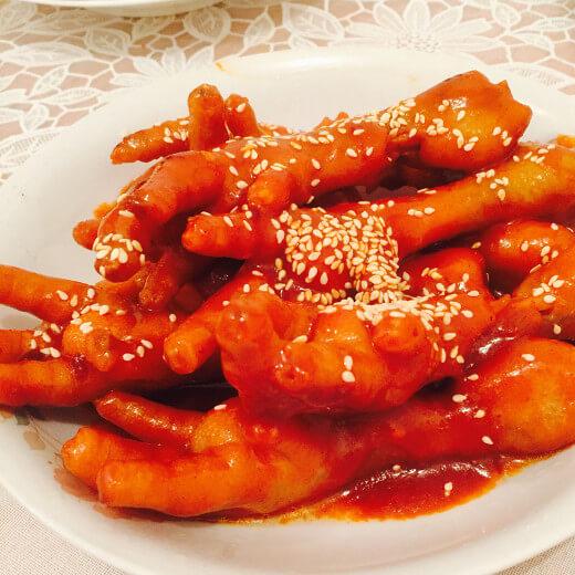 色香味俱全的韩式火辣鸡爪