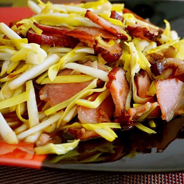 [手工美食]韭黄炒腊肉