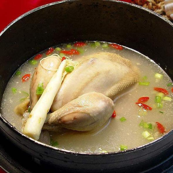 韩式人参鸡汤