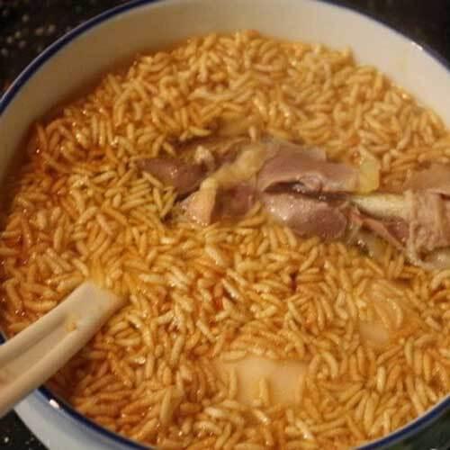猪骨山药香菇汤泡炒米