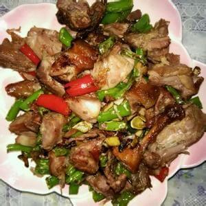 辣椒炒猪颈肉