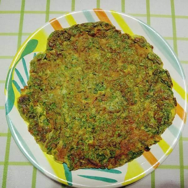 芹菜叶玉米面饼