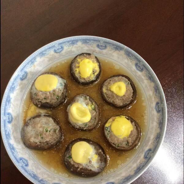 香菇肉末蒸鹌鹑蛋