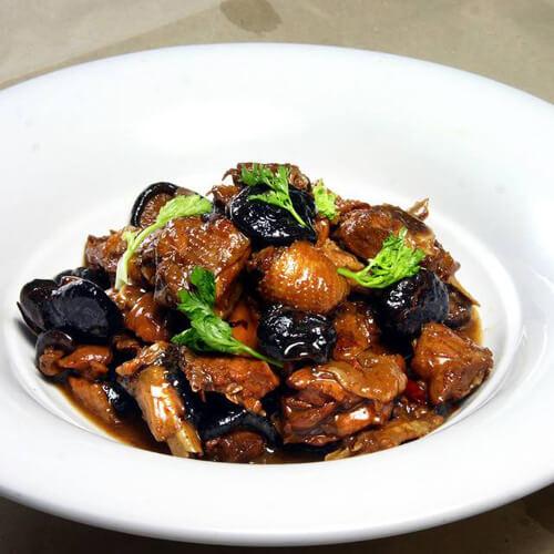 酸辣柴鸡炖香菇