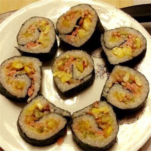 玉米鱿鱼丝寿司
