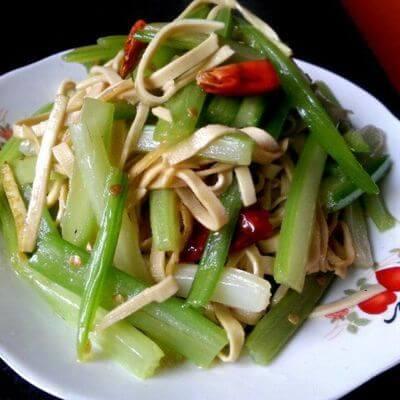 莴笋炒豆腐皮