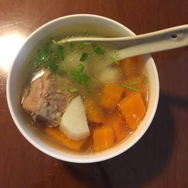 山药胡萝卜鸡汤
