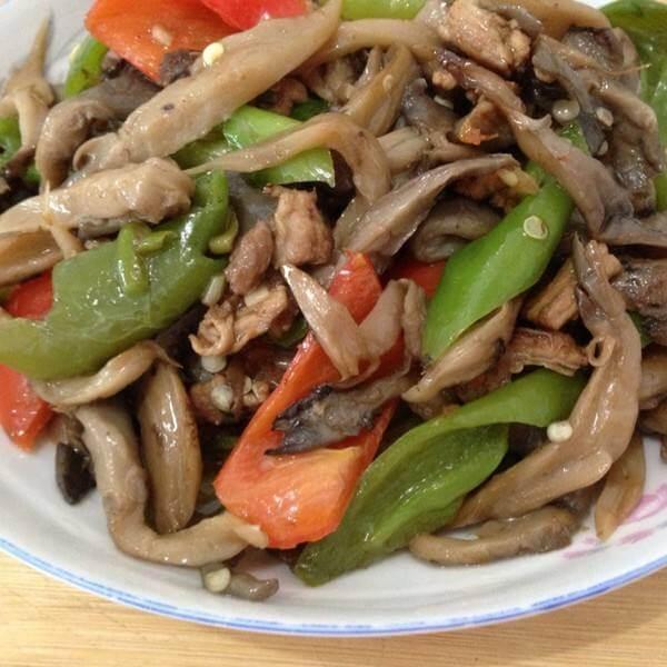 土豆蘑菇炒肉