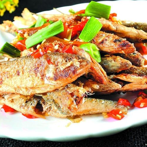 青椒炒小鱼
