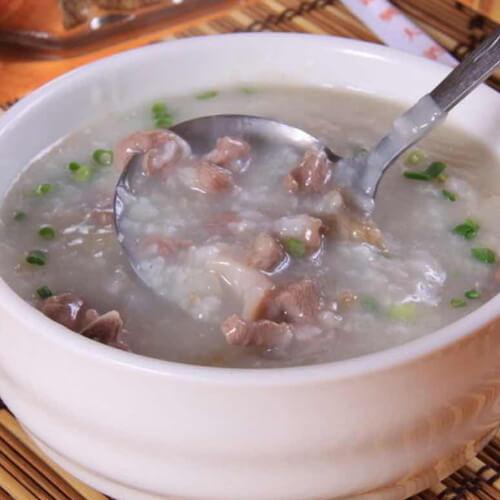 红米瘦肉粥