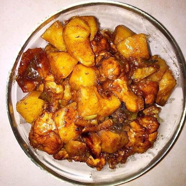 可乐鸡翅根炖土豆
